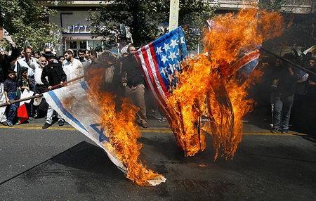 روز قدس - به اتش کشیدن پرچم آمریکا