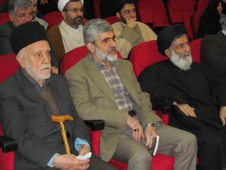 یادواره شهدای دانش آموزی و حضرت آیت الله جباری و پدر شهید احمدی روشن
