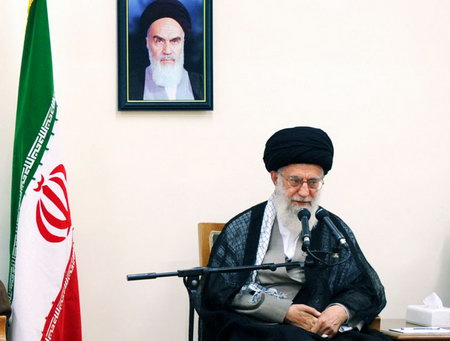 امام خامنه ای (س) در دیدار با اعضای ستاد مرکزی اعتکاف ، مقام معظم رهبری