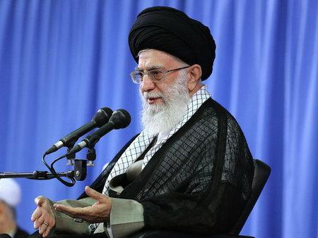امام خامنه ای (س)در دیدار مسئولان نظام و سفرای کشورهاى اسلامى - مقام معظم رهبری